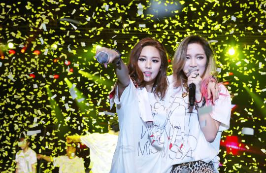 Jia T-Shirt 4