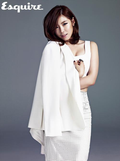 Hyosung for Esquire