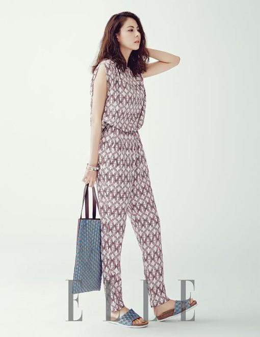 Park Ji Yoon Elle Korea