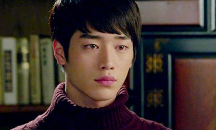 Seo kang joon roommate