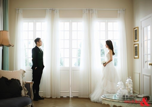 Bumkey and wife