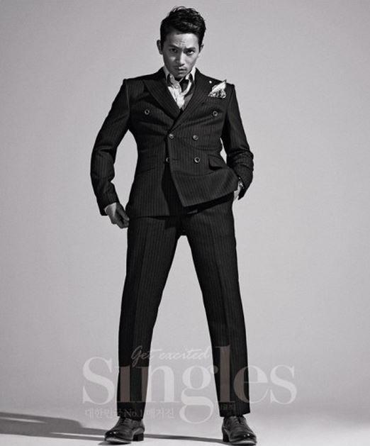 Ji Sung for Singles 4