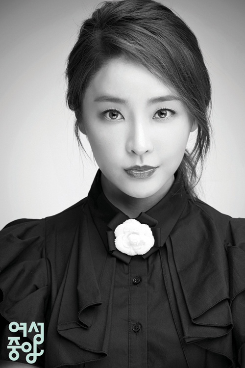 Jung Yoo Mi1