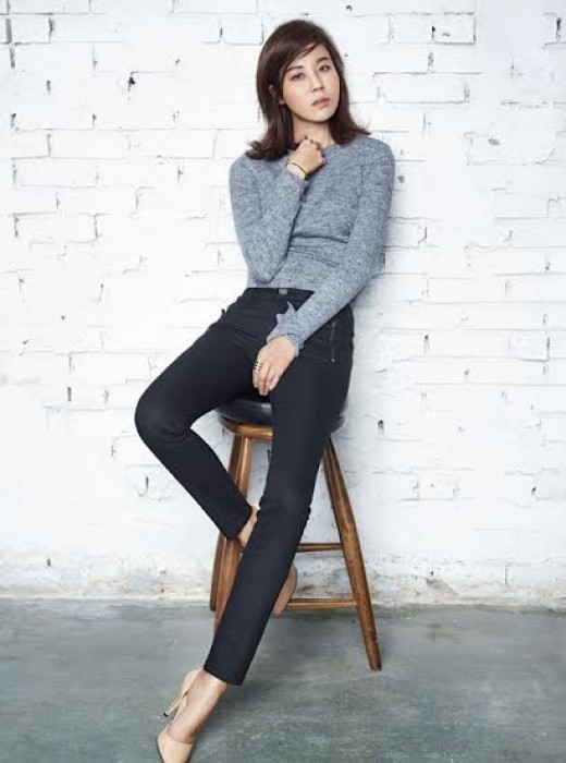 Kim Ha Neul will be coming back to the screen alongside actor Jung Woo ...