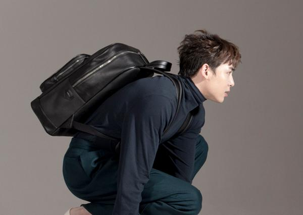 2PM's Nichkhun Launches His Bag Collection in ...