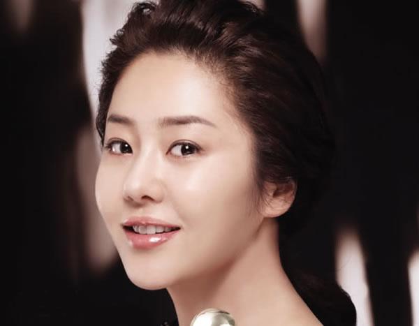 Imagini pentru go hyun jung