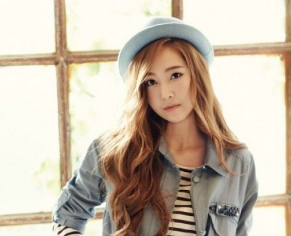 Update: Girls Generations Tiffany Reveals Tracklist For