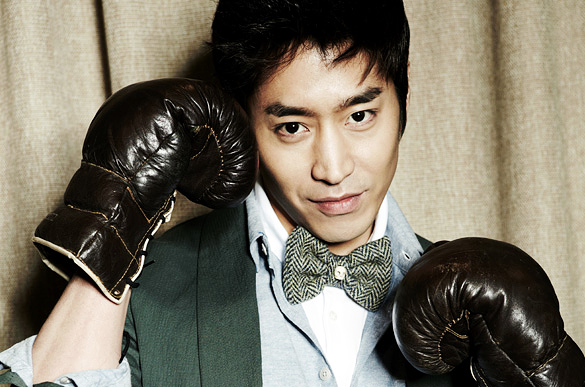 Shinhwa's Eric Shares His Opinion Regarding Current Idols ...Eric Mun Scandal