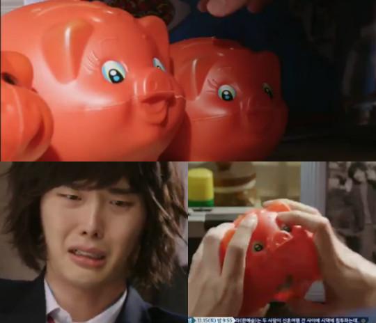 Gutting the piggy bank - Pinocchio