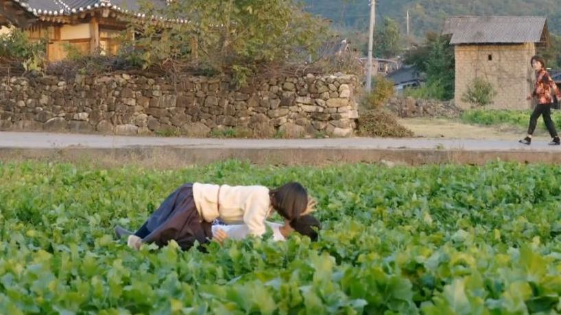 kwakdongyuhuljakiss_modernfarmer