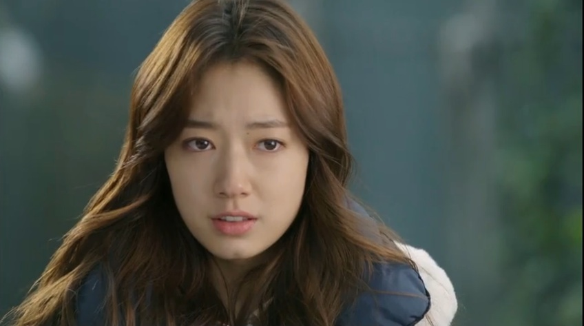 Nhân vật Choi In Ha của Park Shin Hye mắc