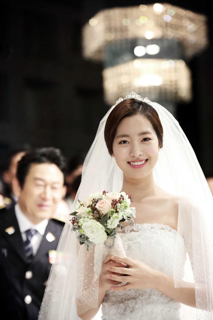 movie quotpolice familyquot reveals photos of jin se yeon