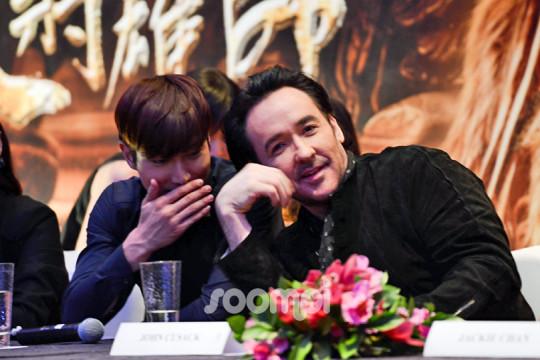 Dragon Blade Choi Siwon 818