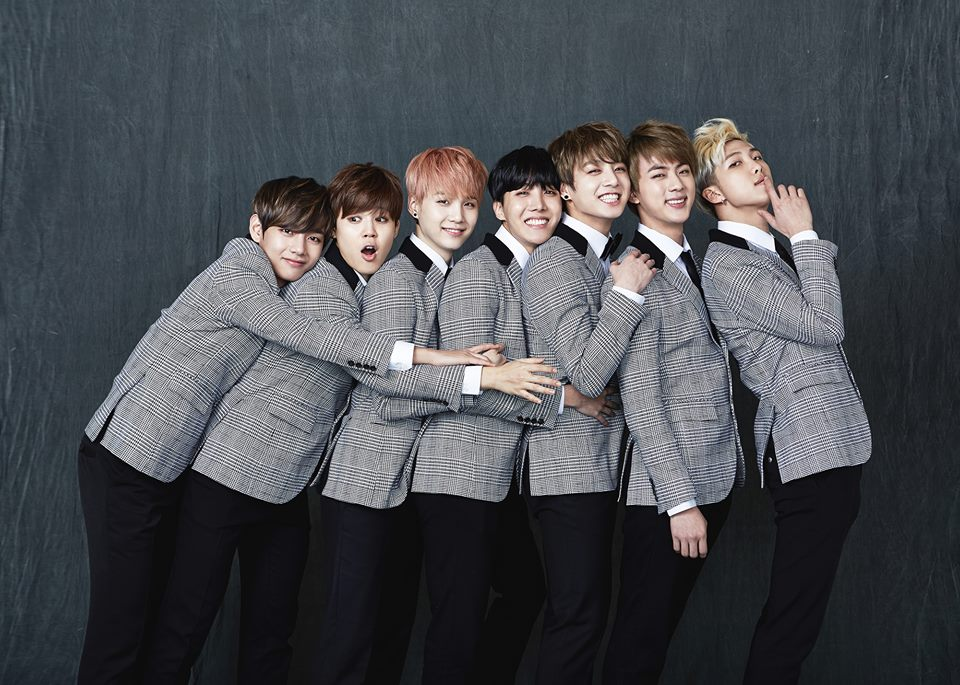 Show Bts 2018 Brasil >> BTS Shares Adorably Awkward Family Portraits for '2015 BTS FESTA' | Soompi
