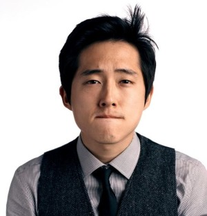 He May Be Known Primarily As A Dramatic Actor Battling Zombies On Amcs The Walking Dead But Steven Yeun Has A Knack For Comedy And A Solid Improv