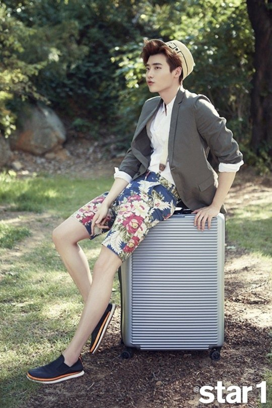 Updated with Behind-the-Scenes: Lee Jong Suk Prefers