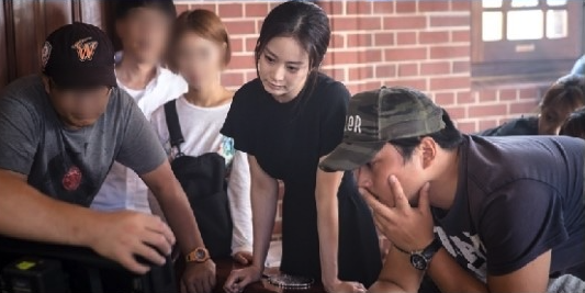 Yong Pal Behind the Scenes