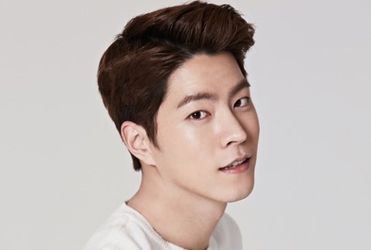 10 things you didn 39 t know about hong jong hyun soompi. Black Bedroom Furniture Sets. Home Design Ideas