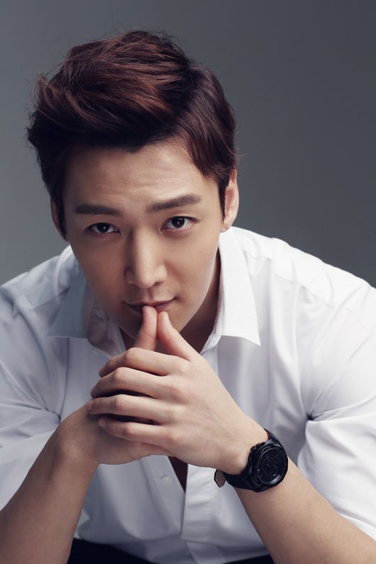 Choi Jin Hyuk Discharged From Military Early Due To Knee
