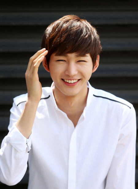 Won A Year Subscription To Men S Health Was Happy Until: Meet The Rising Star With A Million-Watt Smile, Lee Won