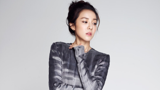 Sandara Park Announces Official Launch Date For Her Own YouTube Channel