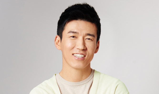 https://1.soompi.io/wp-content/uploads/2015/10/sean-jinusean.png
