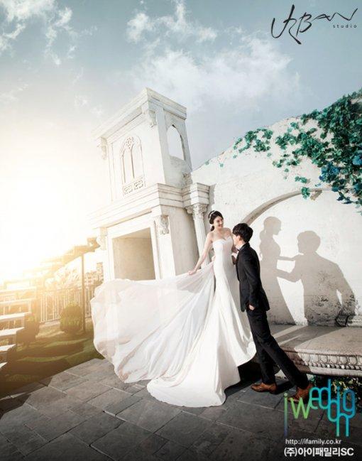 Dongho Wedding 2