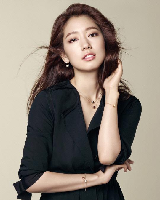 Park Shin Hye Is Sweet And Chic For Agatha Paris Soompi