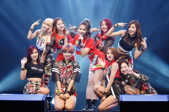 Twice group image