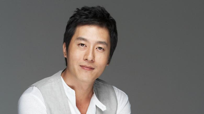 Imagini pentru kim joo hyuk