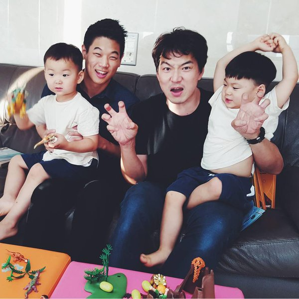 lee ki hong song triplets