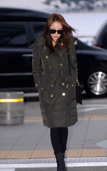 song-ji-hyo-burberry-2
