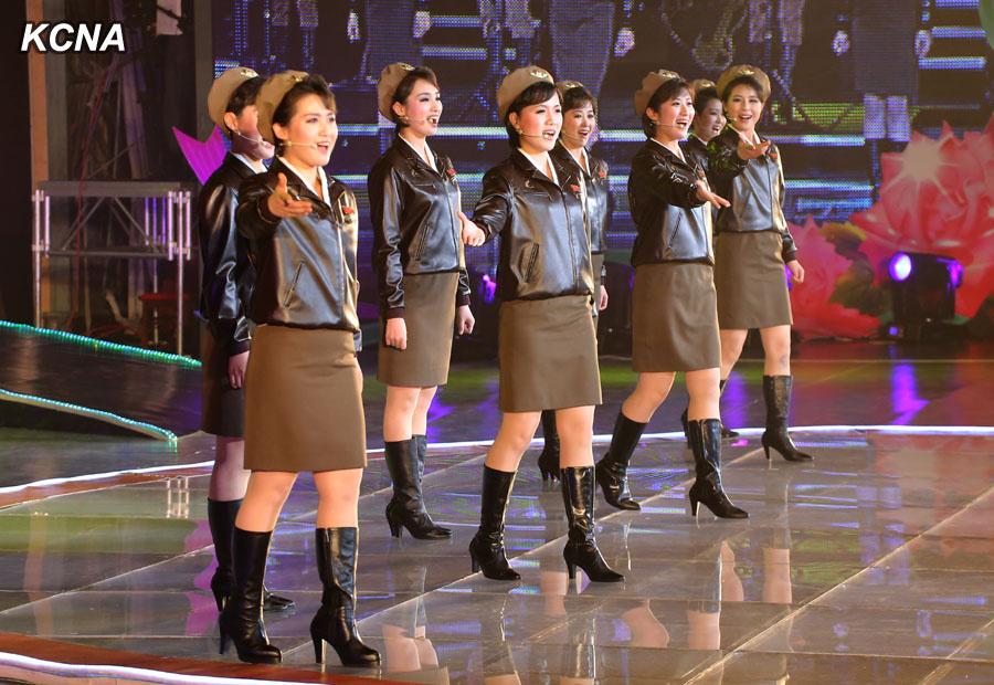 north korean girl group moranbong heads to beijing