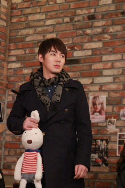 Jun Jin in Stellar's New MV